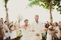 Casamento praia Bruna e Ricardo - casal amor (Foto: Marina Lomar)