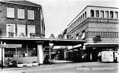Haverstraat Passage.  Voss   kledingwinkel   rechts   mijn   favoriete  kledingwinkel  in mijn tienerjaren