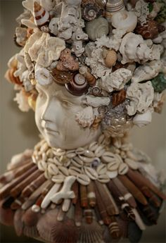View this item and discover similar for sale at - A tribute to the ocean is reflected in the classical vintage plaster bust adorned with seashells and coral. Seashell Display, Seashell Art, Seashell Crafts, Beach Crafts, Shell Decorations, Sea Glass Crafts, Driftwood Art, Driftwood Projects, Shell Beach