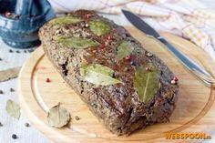 Паштет в духовке Это не просто печёночный паштет! Свиная печень дополняется куриным мясом и салом со значительной прослойкой мяса, поэтому вкус у готового паштета получается не насыщенный печёночный, а скорее смешанный, но с преобладанием печёночного. Такой паштет нужно подавать к столу, нарезая тонкими ломтиками, в уже остывшем виде — это можно сделать легко, но если резать паштет тёплым (или ещё хуже — горячим), то есть вероятность, что он будет распадаться... Вкус самого запеченного па...