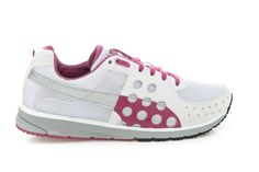 This is the perfect time of year for you to start doing sport. Choose the perfect shoes from ZorileStore and get 5% cashback for shopping through CashOUT #cashback #sportshoes #womenshoes Baby Shoes, Women's Fashion, Sports, Accessories, Shopping, Clothes, Hs Sports, Outfits, Kleding