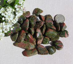 10 Unakite Crystal Tumblestones by SunnyCrystals on Etsy, £2.60 #crystals #tumblestone #unakite #pink #green