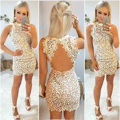 Que LUXO!! ✨✨✨ Vocês não tem noção do que é esse vestido pessoalmente  PERFEITO!! Cor única, com bojo!!