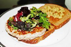 Clean Eating Dinner Idea – Turkey Burger | Clean Eating Recipes #cleaneating #eatclean #healthyrecipe