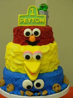 peytons 1st birthday cake