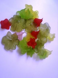 Lucite Flower Bead Mixture by InJamiesHands on Etsy, $2.50