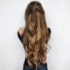 Here are 20 stylish easy updos for long hair, from Long Hairstyles: Calling all . - Here are 20 stylish easy updos for long hair, from Long Hairstyles: Calling all … - Latest Hairstyles, Cool Hairstyles, Hairstyles 2016, Braided Hairstyles, Latest Haircut, Formal Hairstyles, Hairstyles Pictures, Elegant Hairstyles, Indian Hairstyles