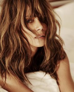 Halle Berry Washes Down Pregnancy Rumors With Steak And Fries