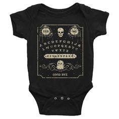 New baby clothes black products 20 Ideas Punk Baby, Goth Baby, Gothic Baby Clothes, Unisex Baby Clothes, Cute Baby Clothes, Rockabilly Baby, Baby Outfits, Halloween Bebes, Halloween Baby Clothes