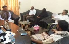 اخر اخبار اليمن - وكيل أول حضرموت يلتقي مدير مكتب مصلحة ضرائب ساحل حضرموت