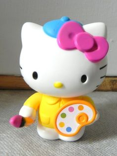 "2013 McDonald's give away ""Hello Kitty"" Holding Paint Brush w/Movable Arm LOOK"