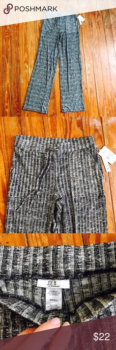 NWT•Wide Leg Lounge Pants•S NWT•Wide Leg Lounge Pants•S• these pants are super comfortable and are pretty lightweight•If you have any questions about this listing feel free to leave me a comment•NO MODELING/TRADING--any offer 50% off or more will be automatically declined, other offers will be NEGOTIATED•Waist:13 1/4 inches---Inseam:32 1/4 inches---Rise:10 1/2 inches---all measurements are done to the best of my ability and may vary slightly---•090 Joe B Pants Track Pants & Joggers