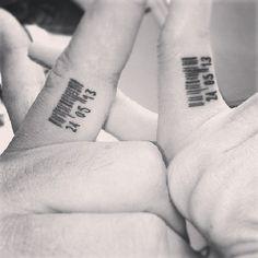 codigo de barras tatuaje pareja