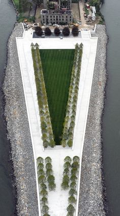 Four Freedoms Park in NY, designed by Louis Kahn in 1974.