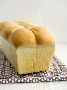 Bellisima, Hot Dog Buns, Bread Recipes, Food And Drink, Gluten Free, Toast, Cooking, Basket, Diet