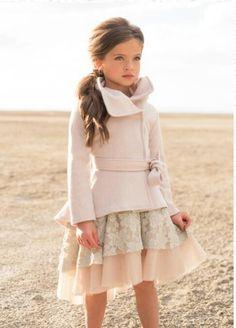 49 Ideas For Moda Infantil Meninas Inverno Cute Baby Girl Outfits, Little Girl Dresses, Girls Dresses, Toddler Outfits, Toddler Girls, Kids Outfits Girls, Baby Kids, Little Girl Fashion, Child Fashion