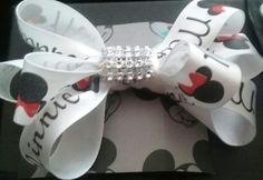 Classy Classic Minnie bow made by me