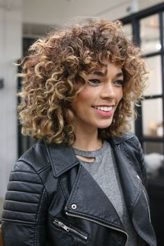 It's the first week of the year, so we'll spare you the 'new year, new you' sentiment and cut right to the big question: What are the raddest hair trends going to be this year? If you're like us, the itch for newness is already creeping up, and a hair refresh is one of the best ways to scratch it.