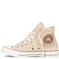 Chuck Taylor Snowflake Sparkle Outfits With Converse, Cute Converse, Sparkle Converse, Converse All Star, Converse Chuck Taylor, Sparkle Shoes, Gold Sparkle, Glitter Shoes, Gold Glitter