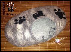 Hunde / Katzen-Höhle grau-weiß mit Applikation von HandmadeMKvE auf Etsy