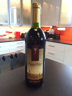 A medium-bodied Cabernet and Merlot blend. Rich dark berry flavors are set off by toasty oak notes followed with a hint of warm spice.  Silver Medal Winner  Mid-American Wine Competition