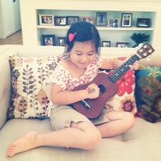 Ukulele! A fun and easy introduction to music for kids