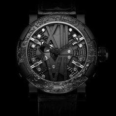 """246 次赞、 2 条评论 - Humism Kinetic Art Watches (@humism) 在 Instagram 发布:""""Featuring: Titanic Steampunk Black Watch By Romain Jerome Visit humism.com and win one of our…"""""""