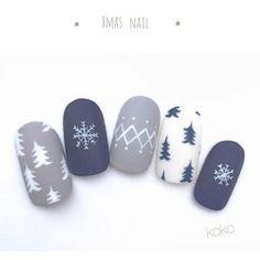 Xmas nail design,Winter nail art design,winter nail paint ideas,winter nail design ideas
