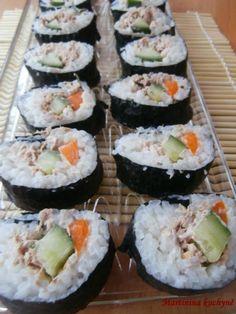 Tuňákovo-okurkové sushi