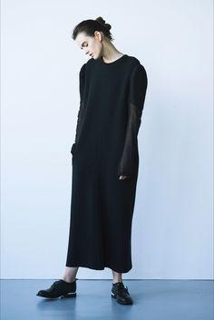 Sfilata Y's Yohji Yamamoto Parigi - Collezioni Autunno Inverno 2017-18 - Vogue