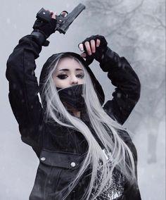 Aesthetic Grunge Outfit, Bad Girl Aesthetic, Edgy Outfits, Grunge Outfits, Danger Girl, Chica Cool, Goth Beauty, Warrior Girl, Japanese Models