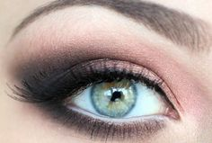 Eye makeup tutorial eyes-and-ears-and-mouth-and-nose style