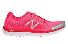 New gym shoes! Loving the bubble sole - New Balance SuperLight/SuperFresh 895v2