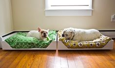 Amazing! I love these dog beds. I'm going to make some for the kitty's.