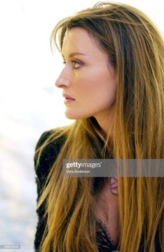 Natascha McElhone during Solaris Press Conference with George. News Photo - Getty Images Natascha Mcelhone, Amy Robach, Beautiful Females, George Clooney, Celebrity Makeup, Celebs, Celebrities, Classic Beauty, Image Now