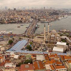 Eminonu / Istanbul #istonair  @istonair  #Padgram