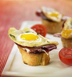 recetas-tostada-de-jamon-iberico-y-huevo-frito-de-codorniz