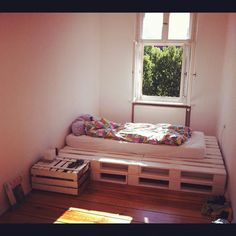 """My wonderful new (self-made) bed out of """"Europaletten"""" by freimutjohannes, via Flickr"""
