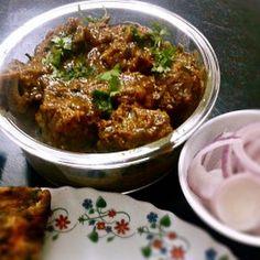 Easy Bhuna Gosht recipe - Step by step how to make delicious Indian mutton bhuna (bhuna gosht). Lamb Recipes, Veg Recipes, Curry Recipes, Indian Food Recipes, Cooking Recipes, Healthy Recipes, Indian Foods, Indian Mutton Recipes, Indian Recipes