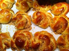 Ring a Lings  A beautiful, delicious pastry full of flavor Recipe at:  http://www.pillsbury.com/recipes/ring-a-lings/d8b45751-4883-42a9-8b92-c3371db845d3