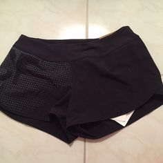 Reebok Crossfit shorts Reebok Crossfit shorts never worn Reebok Shorts