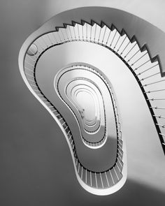 https://flic.kr/p/UNW5ET   staircase   Berlin