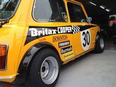 Britax-COOPER (replica)