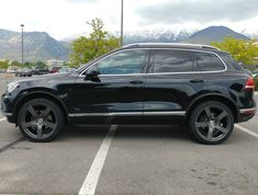 2016 VW Touareg V6 Sport With Technology. Running 22x10 Quad München black Matte wheels and 295/35 tires