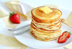 Yogurt Pancakes, Pancakes Easy, Breakfast Pancakes, Breakfast Recipes, American Pancakes, Chocolate Chip Pancakes, Homemade Pancakes, Food To Make, Cooking Recipes