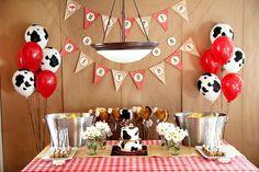Cowboy Birthday Party, Western Cowboy Theme Party Ideas |