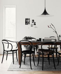 Bentwood chairs are a fantastic choice for your dining room. See our favorite options for shopping this classic Thonet chair. Dining Room Inspiration, Interior Inspiration, Interior Ideas, Design Inspiration, Bentwood Chairs, Dining Chairs, Room Chairs, Dining Nook, Cafe Chairs