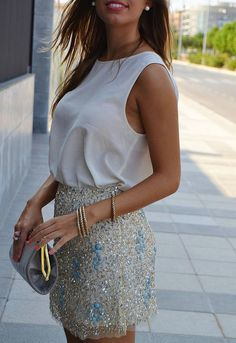 date night outfit! i love the skirt