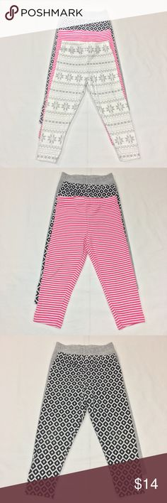 CARTER'S 4 PC LEGGING SET BUNDLE CARTER'S 4 PC LEGGING SET BUNDLE. BLACK AND WHITE AZTEC PRINT. PINK AND WHITE STRIPE. GREY. GREY AND WHITE SNOW FLAKE. ELASTIC WAIST BAND. FABRIC: COTTON/ SPANDEX/ ELASTHANE. CONDITION: GENTLY USED/ NO SIGNS OF WEAR. SIZE 12M. Carter's Bottoms Leggings