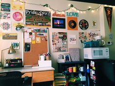 university of minnesota dorm room, decoration, decor, cute, girl, single room, dorm design